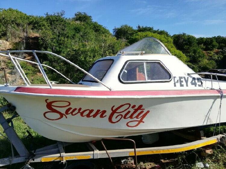 Ski boat and 2x evinrude 60s for sale.