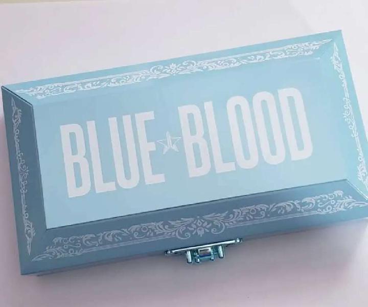 Authentic jeffree star blue blood palette