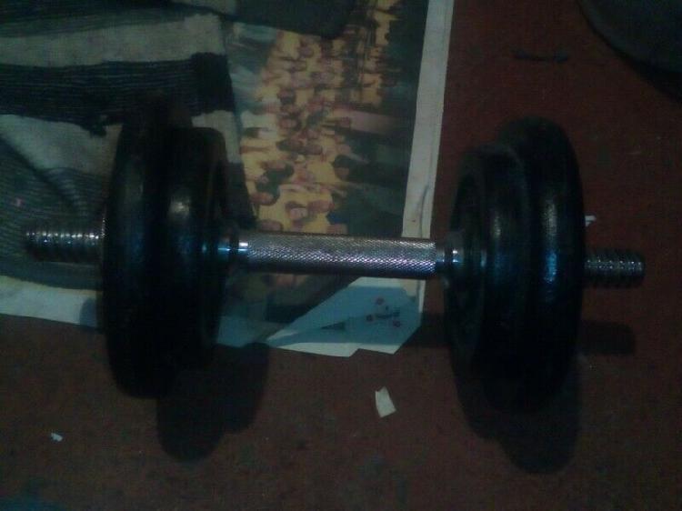 10kg adjustable dumbell set r 950.00