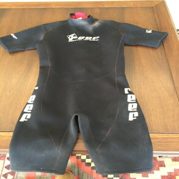 Reef wetsuit