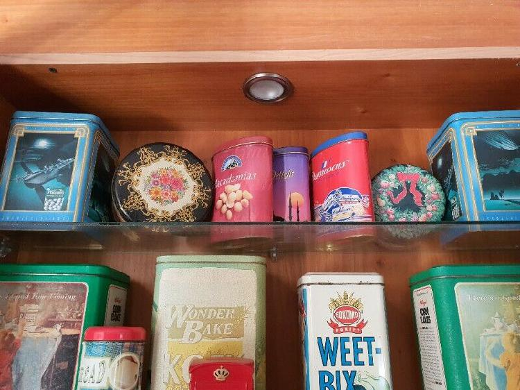 Tins decorative collection vintage and recent tin collection