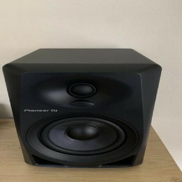 Pioneer dm-40 studio moniters a pair