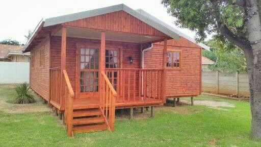 Log cabins,log homes and wendy house for sale