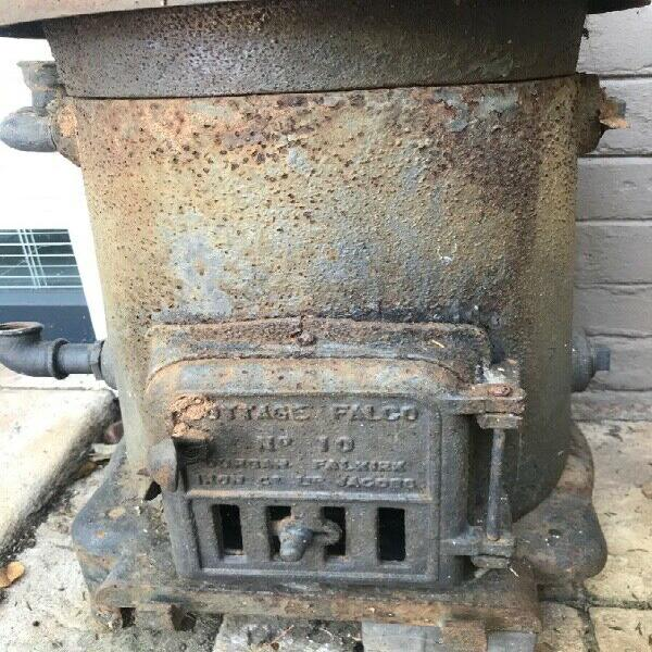 Falkirk Cottage Falco stove 0