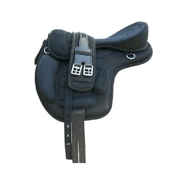 Freemax Treeless saddle