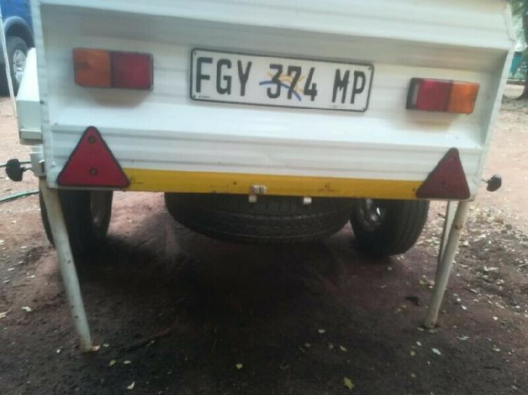 Camp master roadster trailer