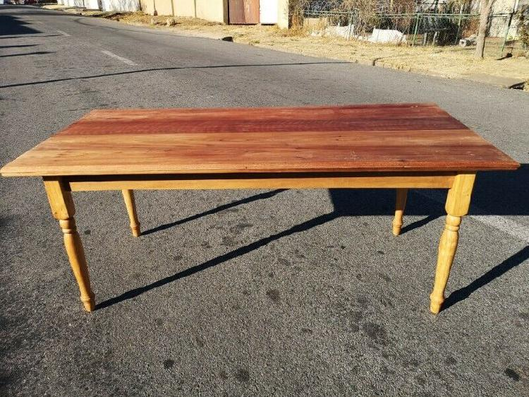 Retro re purposed kitchen table - with turned legs (length