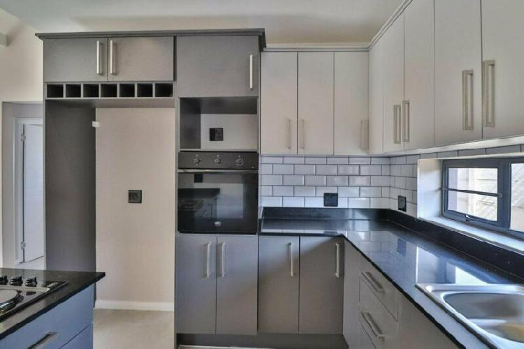 Stunning 3 bedroom home for sale in fairview