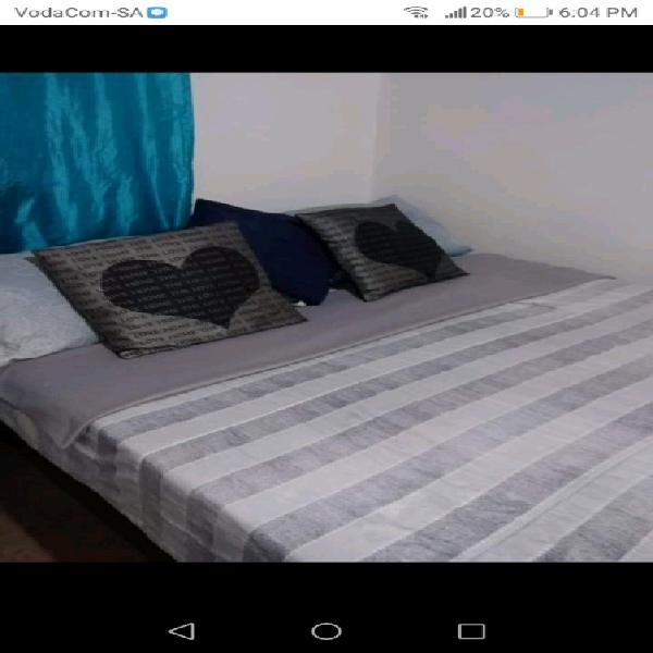 Sealy double bed