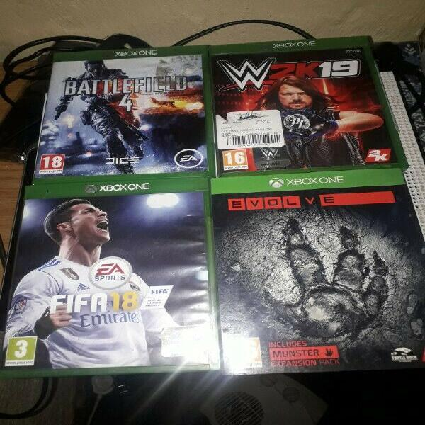 Bargain sale-xbox 1 with 2 controllers,4 batteries,5 games +
