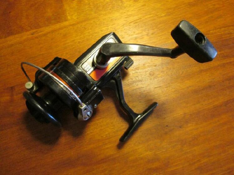 Fishing gear, reel, silstar et2050, used, gear ratio 4.6:1