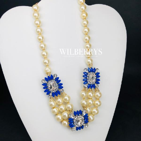 Hot! must see! retail: r3,900.00 amrita new york pearls
