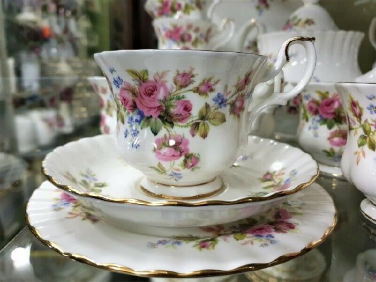 Stunning royal albert 'moss rose' tea set ~ 38 piece set