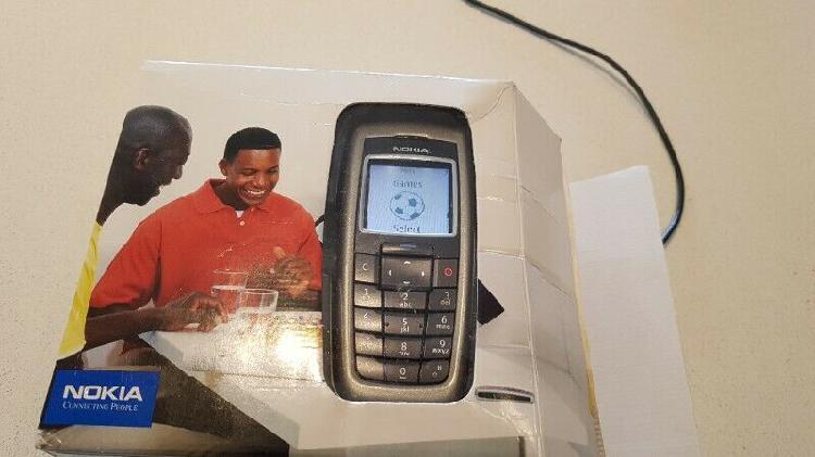 Nokia 6200 cellphone old school plus original box plus