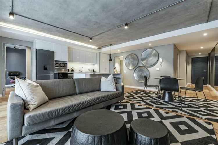 2 Bedroom Apartment To Let in De Waterkant