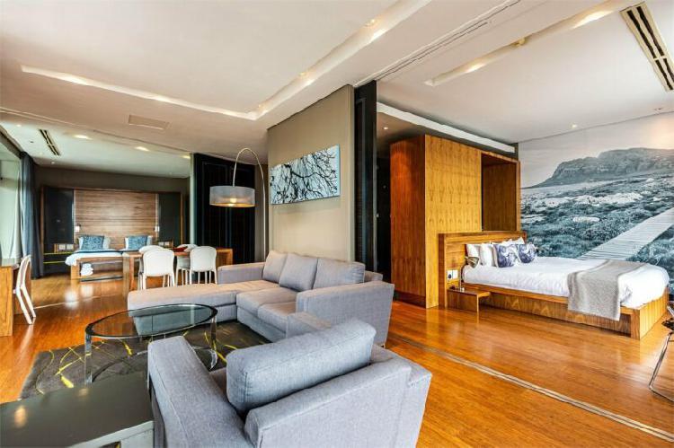 Elegant City Living! All Inclusive! - 2 Bed Apartment!