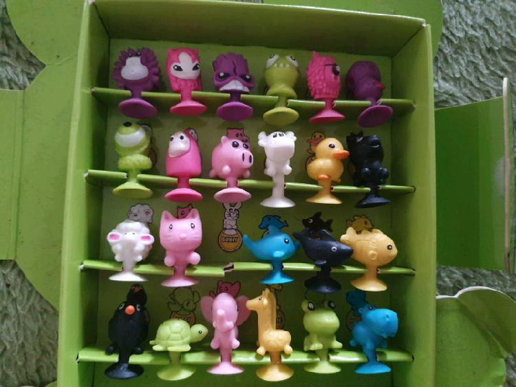 Stikeez collections