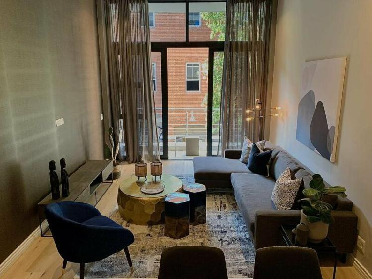 Ultra luxury one bedroom - Fully furnished and perfectly