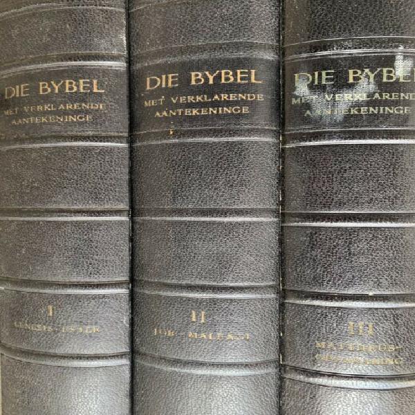 "Set of 3 ""afrikaans verklarende bybel"""