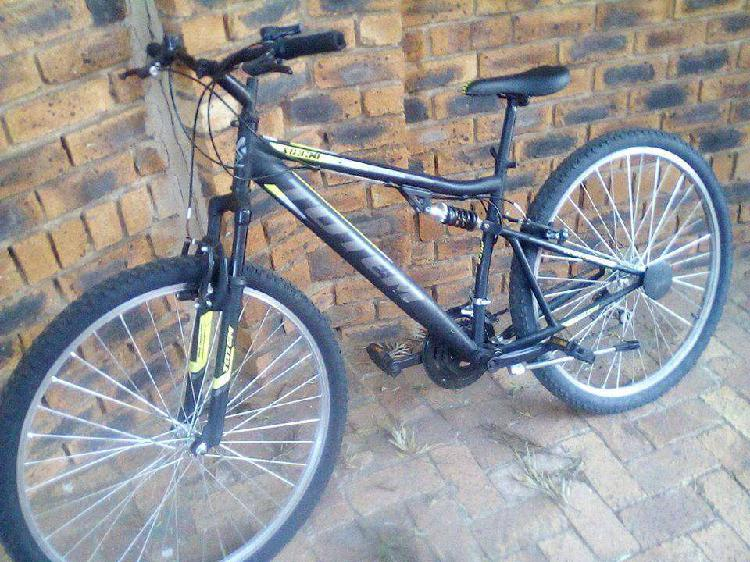 """Totem 29"""" xc330 mountain bicycle"""