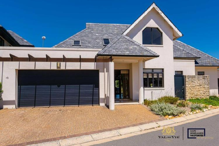 Four bedroom home to rent on Pearl Valley at Val de Vie