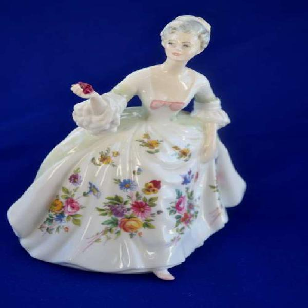 Royal doulton figurine diana hn2468 (style two)
