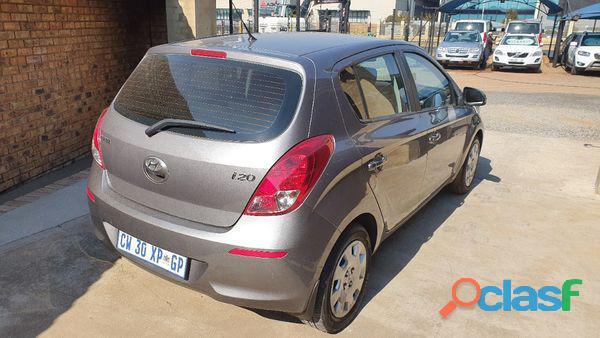 Hyundai i20 1.4 Fluid 4