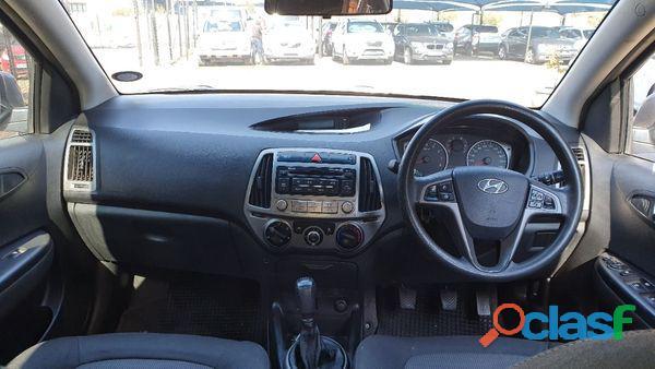 Hyundai i20 1.4 Fluid 1