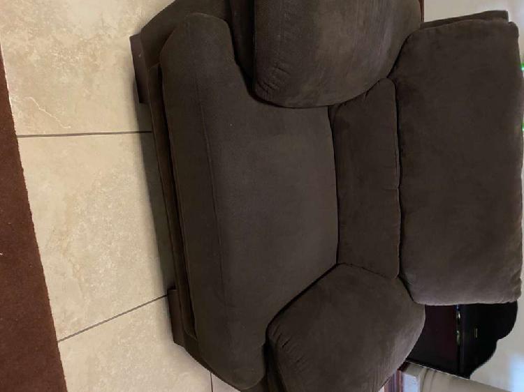 3 piece lounge suite (dark brown)