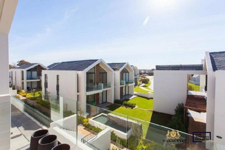 Modern apartment available to rent at the polo village on