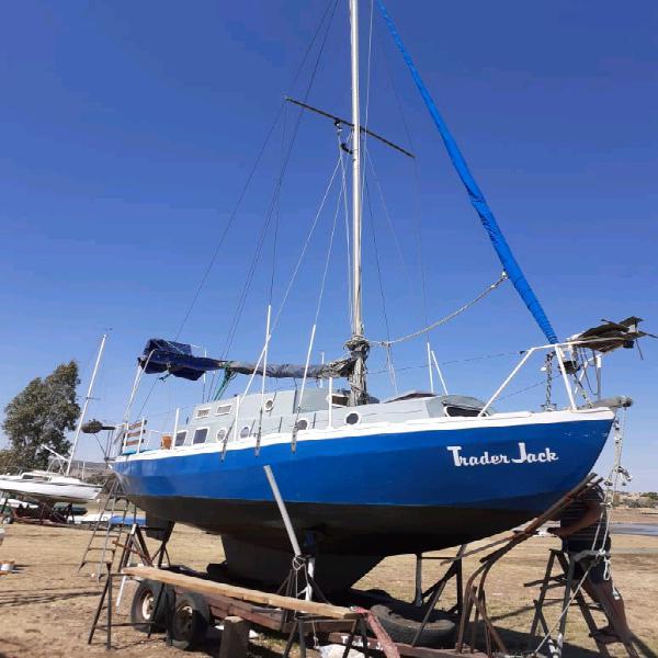 Eventide 28ft sailing vessel