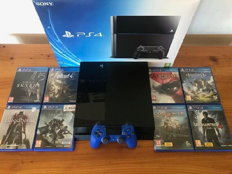 Boxed ps4 500gb console with new v2 blue controller & 8