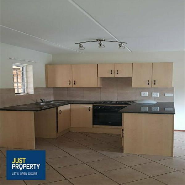 Flat in lephalale now available