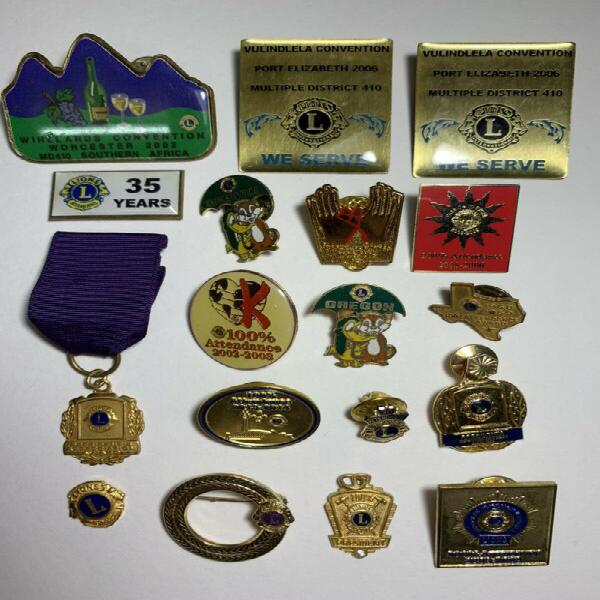 Lions selection of badges. (some old gold plated)