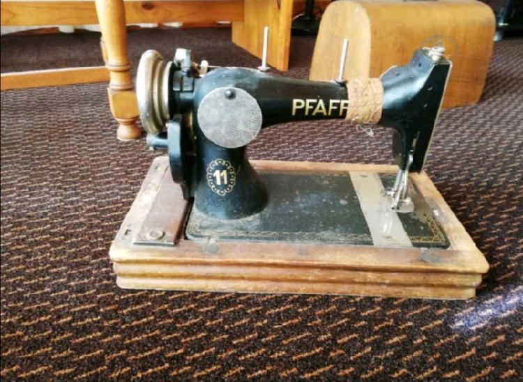 Pfaff antique sewing machine