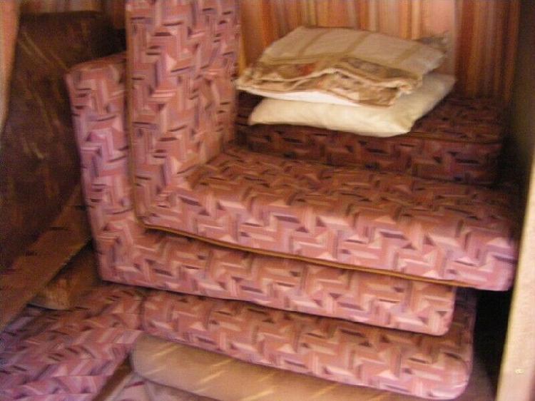 1996 wilk topaz cushions. as new