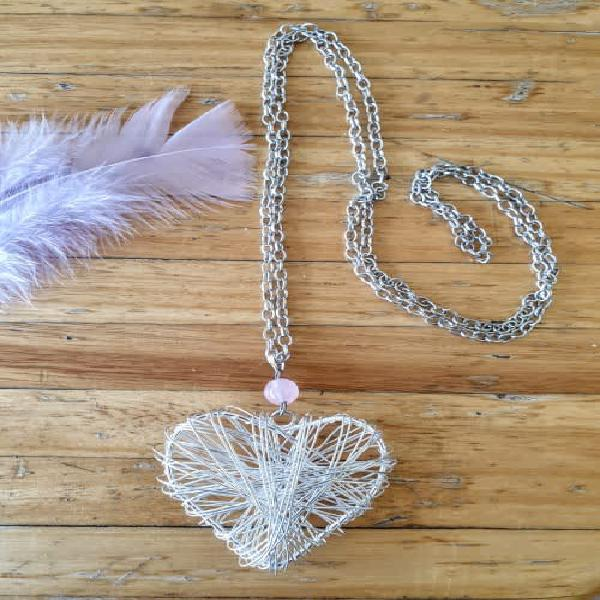 Silver chain necklace with rose quartz bead & large heart