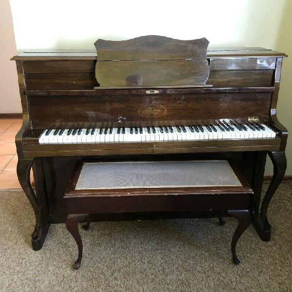 Piano - Ad posted by Isabel Van Rooyen