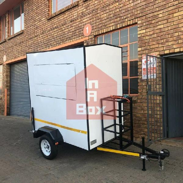 Mobile kitchen trailer fully equipped and licensed