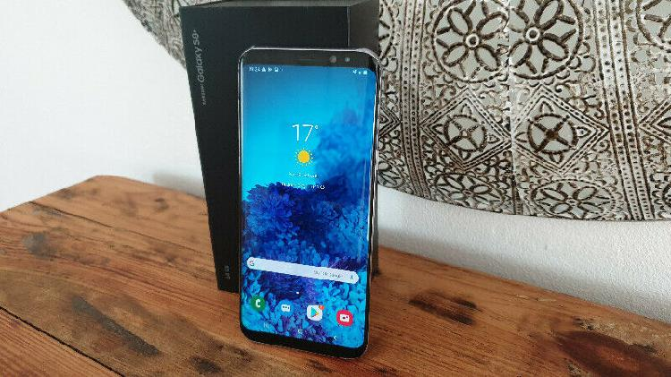 Samsung galaxy s8 plus (neat condition) r5000 neg