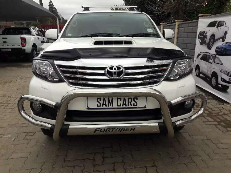 Toyota fortuner 4x4 2012 automatic
