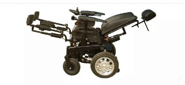 Power tilt wheelchair