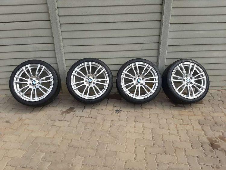 "320 19"" bmw f30 original mag rims and tires"