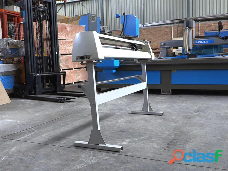 V 1367P V Series High Pressure High Speed USB Vinyl Cutter, 1360mm Working Area, In house