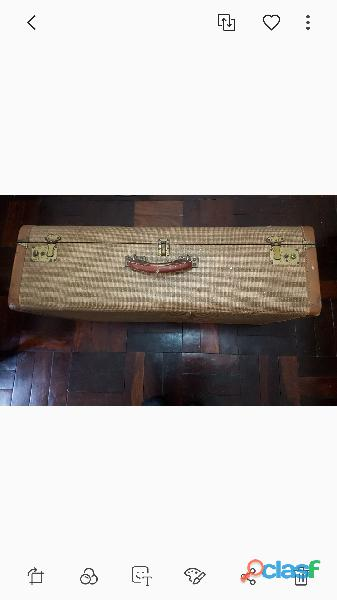 Vintage suitcase c.1950s. r300 neg. randburg
