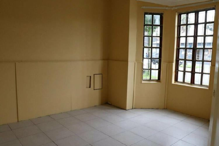 Rooms to let in house - southernwood wynne road