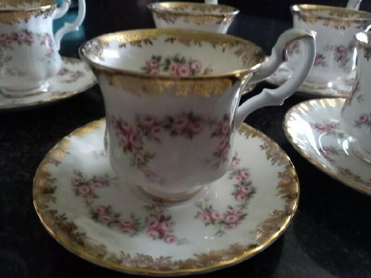 Teaset - Ad posted by Marelize Neethling
