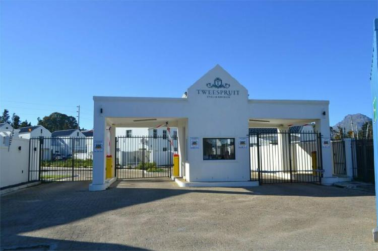 Duplex in Stellenbosch now available