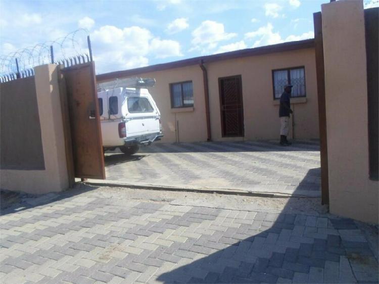 Room in Polokwane now available