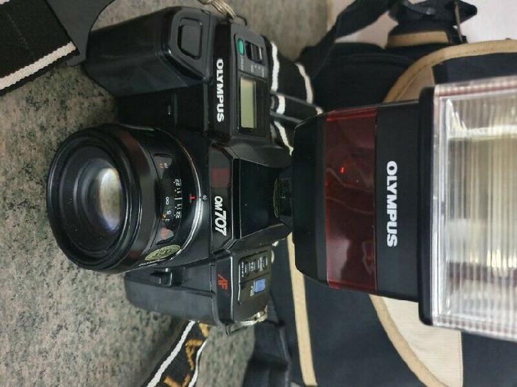 Vintage olympus full synchro flash f280 camera